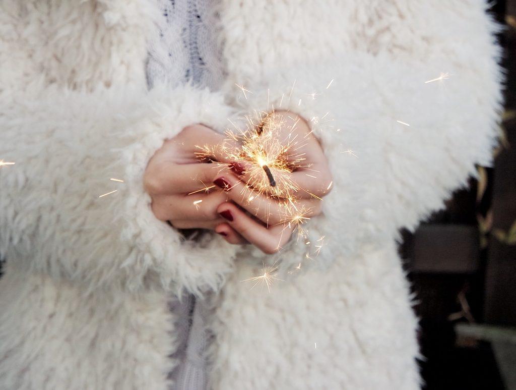 un-an-nou-noi-oportunitati-videochat-bucuresti-luxury-studio